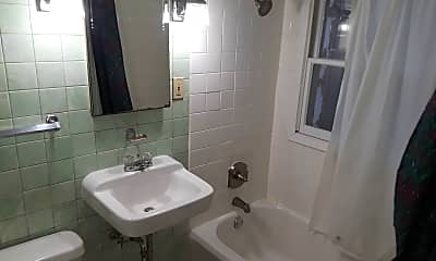 Bathroom, 18 N 2nd Ave E, 1