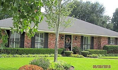 Building, 609 Rock Hollow Dr, 1