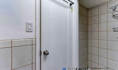 Bathroom, 46 Calgary Street, 2