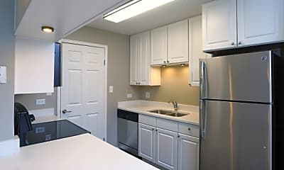 Kitchen, The Pointe, 0