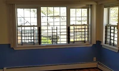 Living Room, 116-14 Inwood St, 1