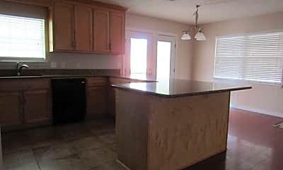 Kitchen, 5420 Hilltop Avenue, 2