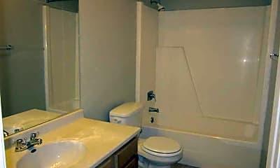 Bathroom, Candlewood Apartments, 2