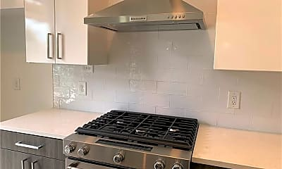 Kitchen, 775 Juniper St NE, 1