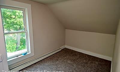 Bedroom, 418 N 5th St, 2