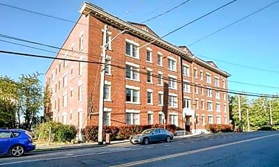 Building, 119 W Roy St, 2