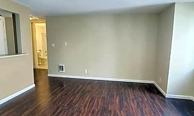 Living Room, 2965 Sacramento St, 1