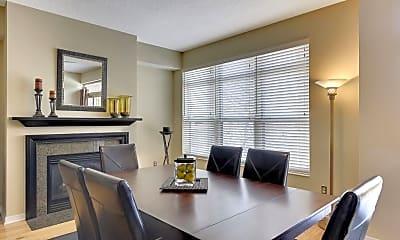 Living Room, 221 1st Ave NE 33, 1