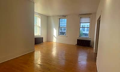 Living Room, 544 N Main St, 1