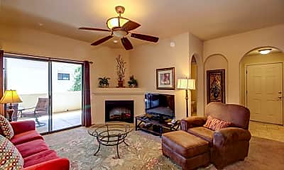 Living Room, 2550 E River Rd 3202, 0