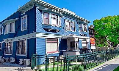 Building, 2620 Magnolia Ave, 1