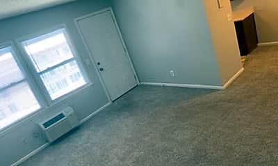 Bedroom, 2925 Woodland Ave, 1