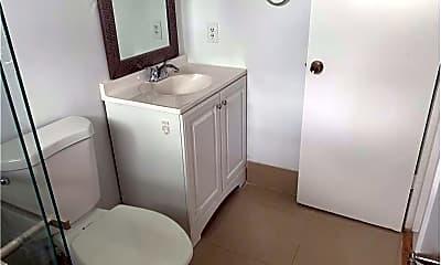 Bathroom, 1799 SW 9th St, 1