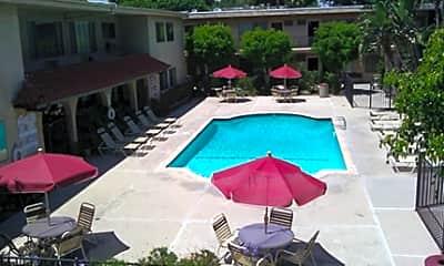 Balboa Ranch Apartments, 2