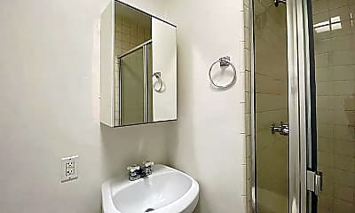 Bathroom, 1114 6th St 11, 2