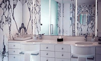 Bathroom, 181 Fremont St Apt 60B, 2