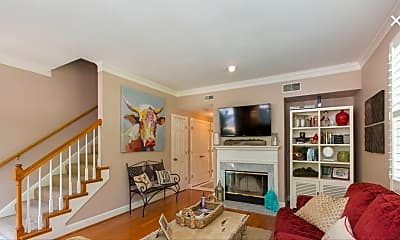 Living Room, 3385 Golf Club Ln, 0