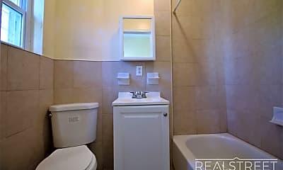 Bathroom, 473 Central Ave 1R, 2