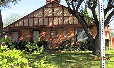Building, 13225 Kit Ln, 1