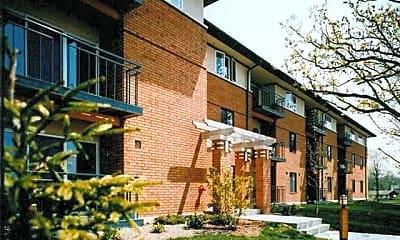 Riverwalk Apartments, 0