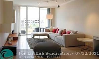Living Room, 707 Crandon Blvd PH8, 0