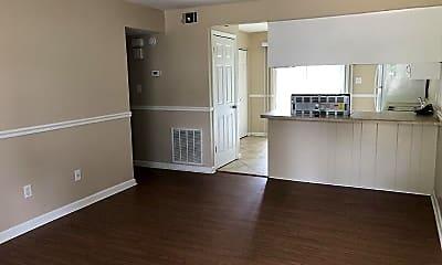 Living Room, 1027 Crossing Brook Way A, 2