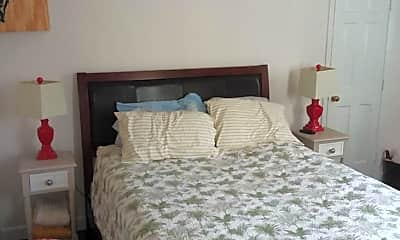 Bedroom, 132 Logan St D, 1