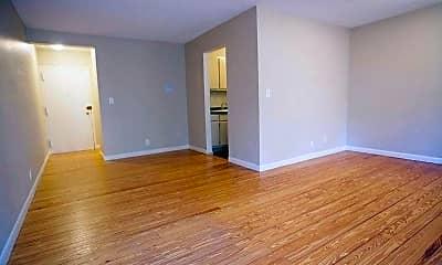 Living Room, 392 S Main St 71, 2