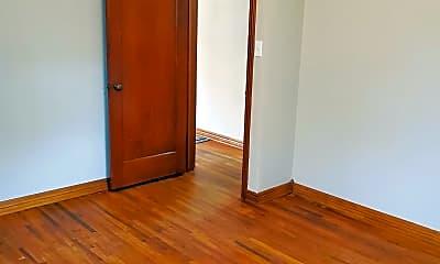 Bedroom, 518 S Meridian Ave, 2