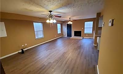 Living Room, 1536 W 40th St, 1