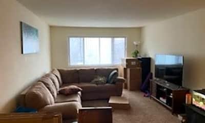 Living Room, 209 E Market St, 1