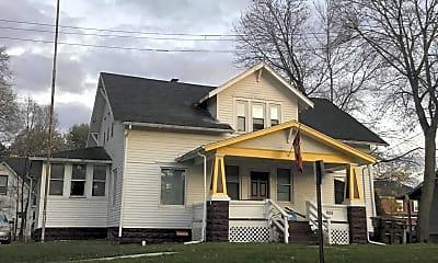 Building, 805 Douglas St, 2
