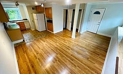 Living Room, 554 Naples St, 2