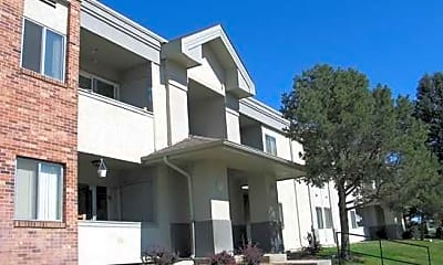 Widefield Apartments, 1