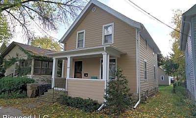 Building, 1137 E Mifflin St, 0