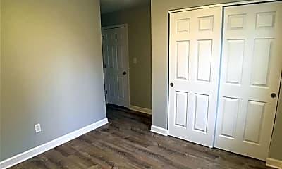 Bedroom, 423 S 21st St 2, 1