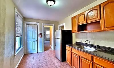 Kitchen, 76 N Grove St, 1