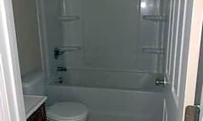 Bathroom, 2122 Malloy St 8, 2