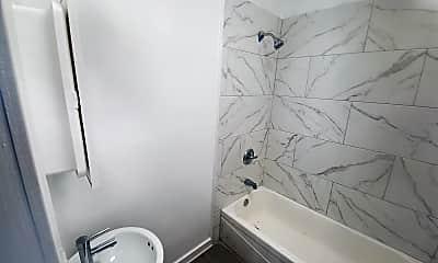 Bathroom, 8371 S Bond Ave 2R, 2