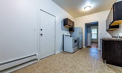 Kitchen, 4653 W Jackson Blvd, 1
