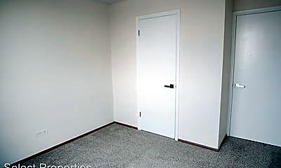 Bedroom, 3575 N Oakland Ave, 1