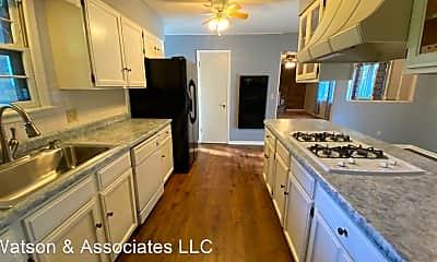 Kitchen, 400 Missouri St, 1
