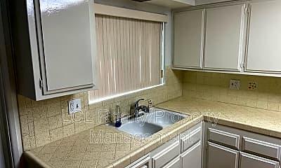 Kitchen, 29102 Pebble Beach Dr, 1