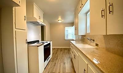 Kitchen, 506 Raymond Ave, 2