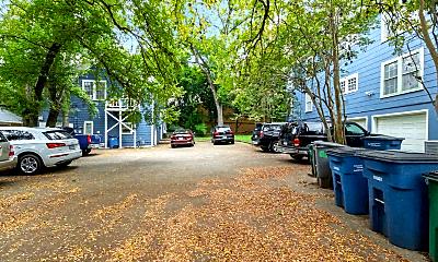 Patio / Deck, 3303 Duval St, 2