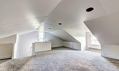 Living Room, 633 McLain St, 0