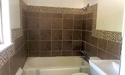 Bathroom, 785 E N 12th St, 2