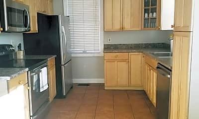 Kitchen, 747 Delaware St, 2