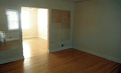 Living Room, 1725 White Oak Ave, 1