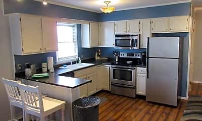Kitchen, 34545 Titleist Ct, 1